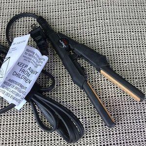 Chi Air Mini Flat Iron Hair Straighter